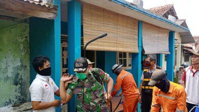 Photo of Koptu Desben Manulang ajak anggota Dewan Turun ke Warga Turut Serta penyemprotan Disinfektan